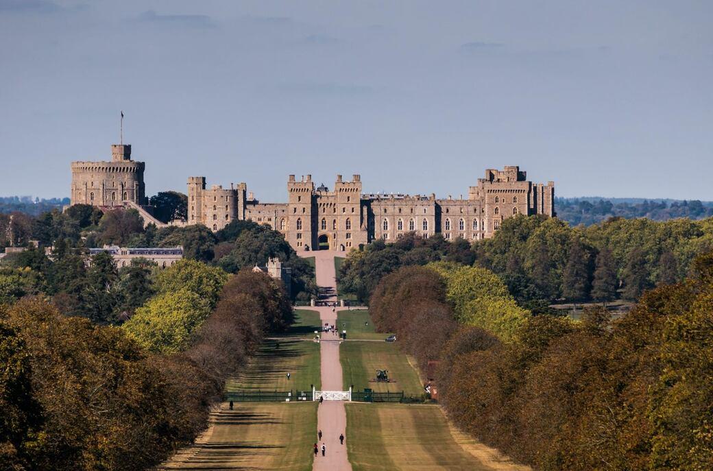 英国最大で最古にして女王のホーム・ウィンザー城