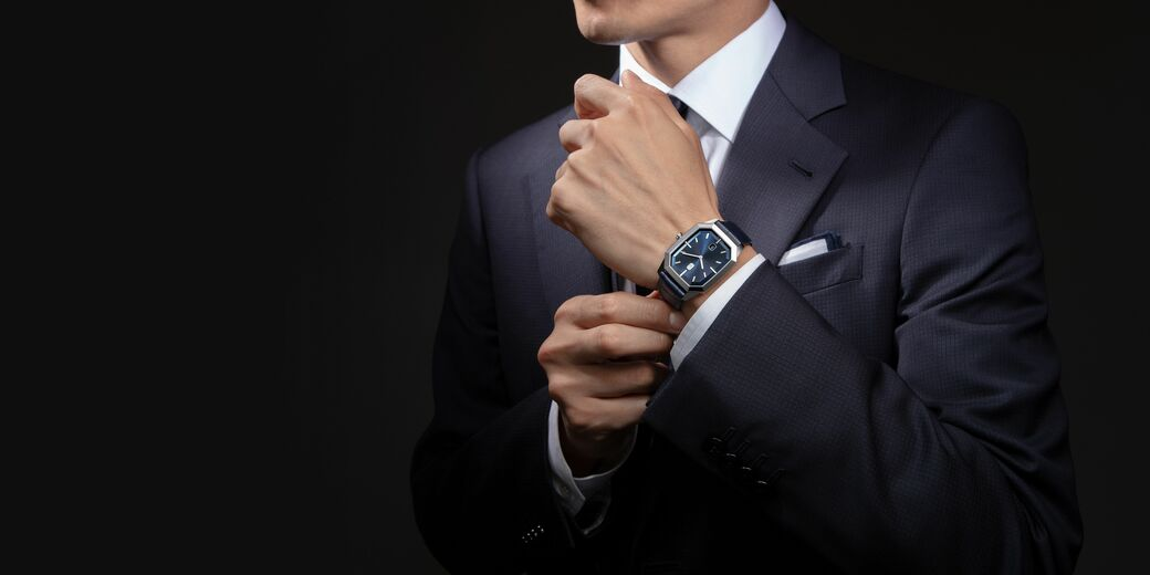 洗練を極めたエレガントな腕時計は、格をワンランクあげてくれる